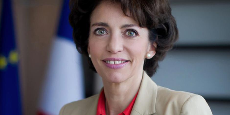 Marisol Touraine Portrait Ministre Santé Weeklysanté Calendovia